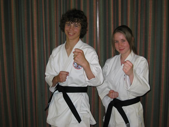 Matt & Vicky pass their blackbelt